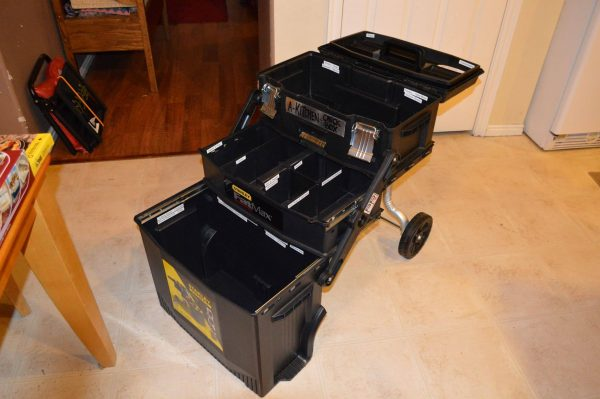 Emergency Kitchen Chuck Box 10 - Preparedness Kits
