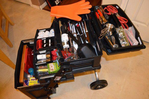 Emergency Kitchen Chuck Box 01 - Preparedness Kits